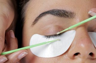 Lash Extensions: Tips You Need To Know Before Heading To The Salon
