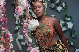 Beautiful Lady With Flower Photo Shoot by Dromo Studios