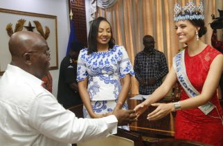President Nana Addo Dankwa Akufo-Addo welcoming Ms Vanessa Ponce, Miss World to the Jubilee House. With them is Ms Inna Patty (middle), Organizer of Miss Ghana.
