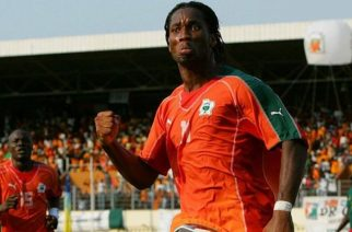 Didier Drogba celebrates scoring in World Cup 2006 qualification for Ivory Coast