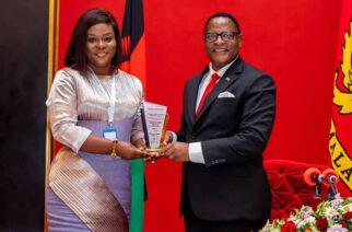 H.E Louisa Atta-Agyemang (left) presenting the award to President Dr Lazarus McCathy Chakwera